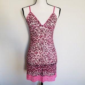 | Victoria's Secret | Pink Leopard Print Chemise